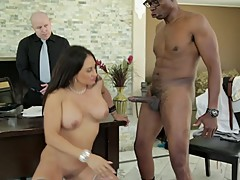 Mom's Cuckold 18-Claudia